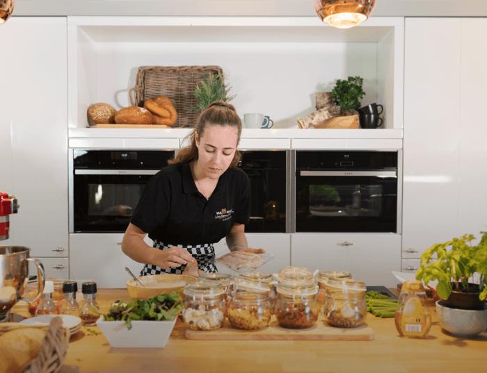 Eten bereiden Van Manen Keukens