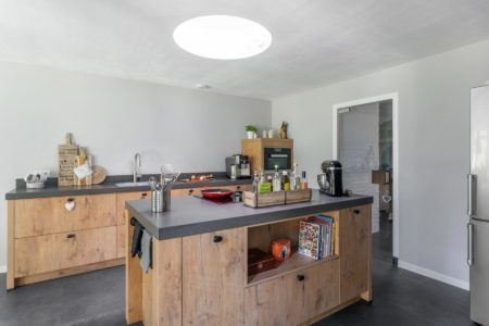 Landelijke keuken met kookeiland | vooraanzicht | van Manen Keukens